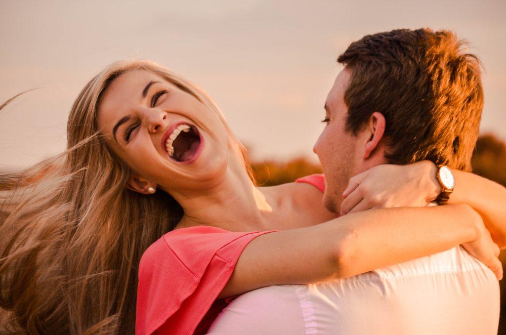 好きな人に対してそっけない態度を取ってしまう男性心理とは?